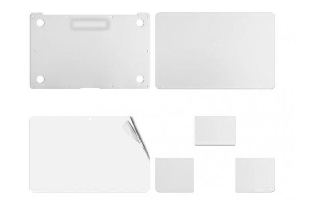 Фирменная оригинальная защитная пленка-наклейка и на твёрдой основе, которая не увеличивает ноутбук в размерах для Apple MacBook Air 13 Early 2015 ( MJVE2 / MJVG2) 13.3 / Apple MacBook Air 13 Early 2014( MD760 / MD761) 13.3. Цвет в ассортименте.
